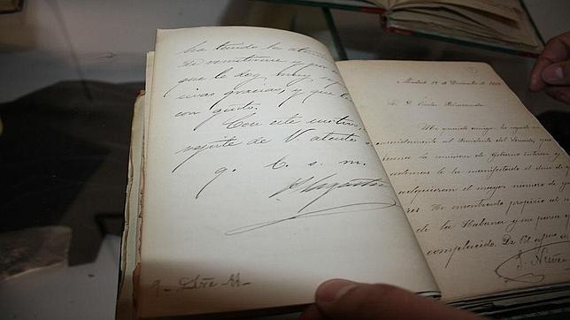 Manuscrito de Sagasta en la exposición del Museo Arqueológico de Andújar