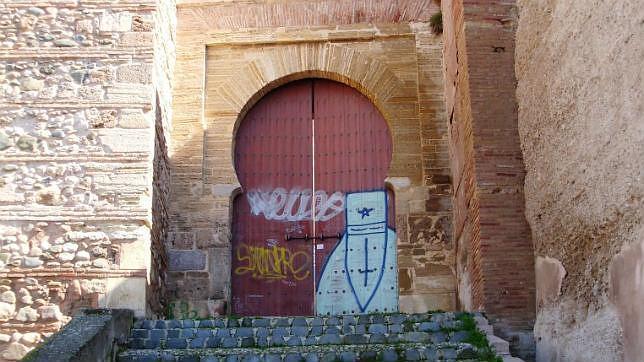 La «contaminación de elementos visuales», como los grafitis, es analizada por la Unesco