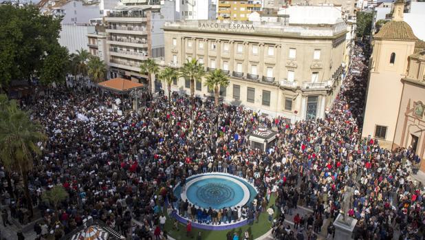 El pasado mes de noviembre las calles de Huelva se llenaron de manifestantes contra los recortes de la Junta en sanidad y por un sistema de atención digno