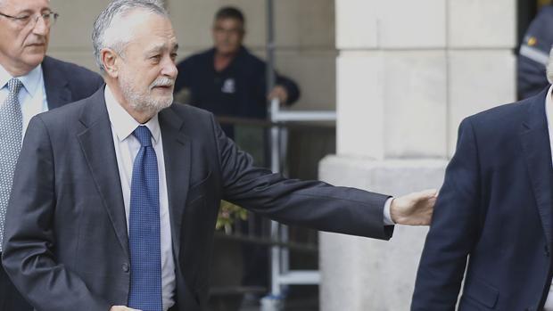 José Antonio Griñán, a su llegada a la Audicencia de Sevilla