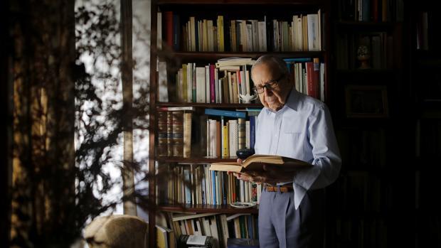 El poeta Pablo García Baena, en una entrevista concedida el pasado mes de octubre a ABC