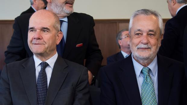 Chaves y Griñán durante el juicio