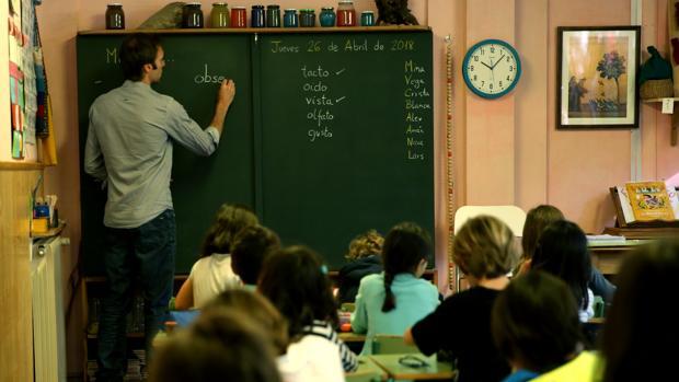 La Junta tendría que abonar 2.600.000 euros si aplica la sentencia al colectivo de monitores y docentes de la concertada