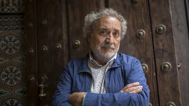José Chamizo, de Defensor del Pueblo Andaluz a protector de los más vulnerables desde su ONG Voluntarios por Otro Mundo