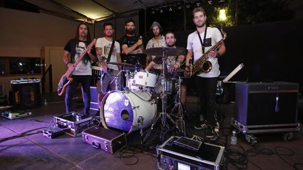 La banda Planeta 80 antes de su actuación