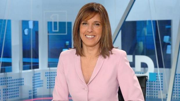 Ana Blanco en uno de los telediarios de TVE