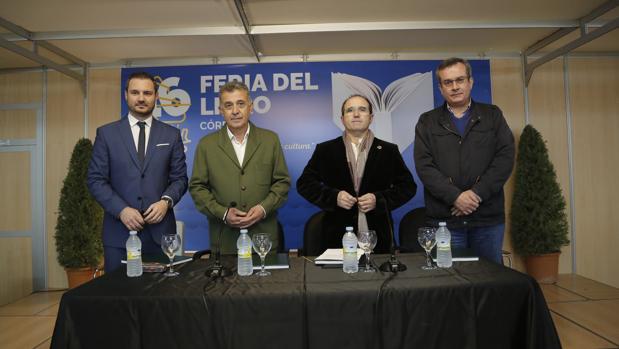 Presentación de «Amores pasajeros al tren» en la Feria del Libro de Córdoba