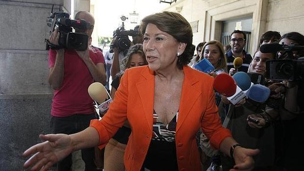 La exonsejera Magdalena Álvarez