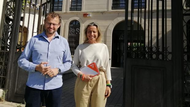 Dorado y Albás, ante Urbanismo