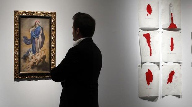 Cuadro de la exposición basado en la Inmaculada Concepción, obra de Charo Corrales