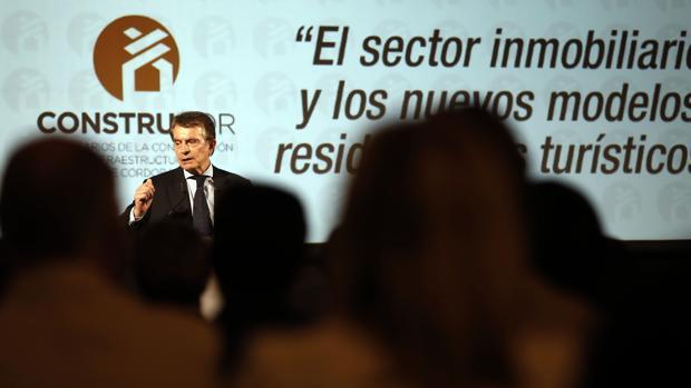 Antonio Catalán durante la charla ofrecida este martes en Córdoba