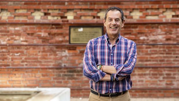 Rafael Merino, director de la agencia Puertos de Andalucía, en la plaza Flor del Olivo de Córdoba