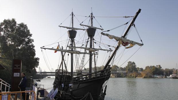 Réplica de la nao Victoria, en el Guadalquivir