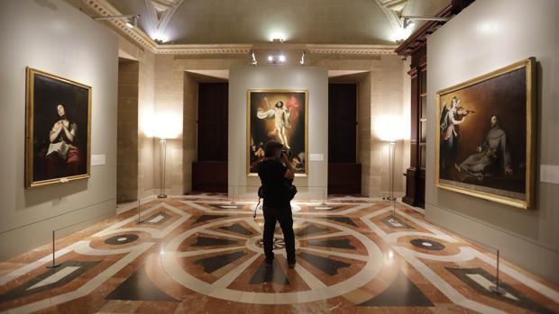 Los tres murillos cuelgan ya en una sala del Archivo de Indias