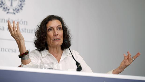 Alma Guillermoprieto, durante un encuentro con la prensa en Oviedo