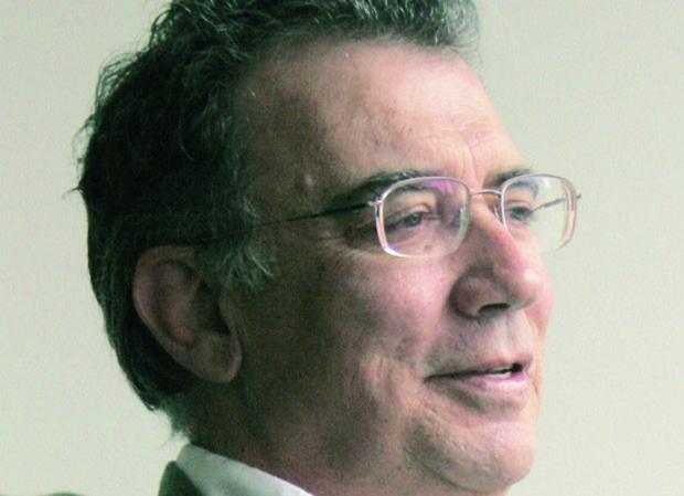 El poeta colombiano Darío Jaramillo