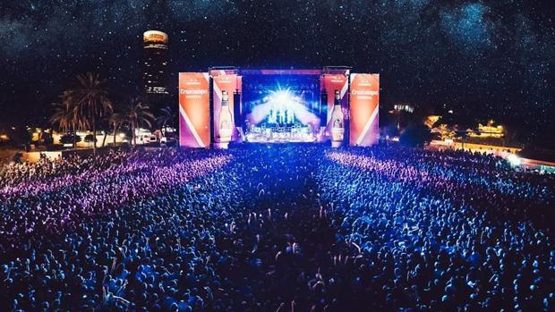 Vetusta Morla reunió a miles de fans en el escenario Cruzcampo