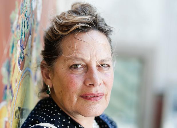 La escritora Deborah Levy, fotografiada en el CCCB, a su paso por Barcelona