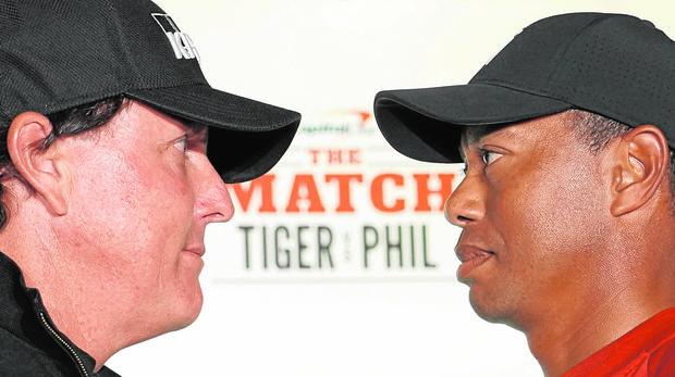 Phil y Tiger llevaron su duelo de Shadow Creek al estilo boxístico