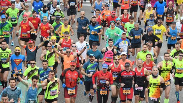 Corredores de la Zúrich Maraton de Sevilla 2018