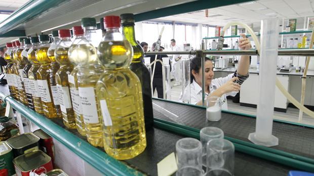 Foto de archivo del laboratorio que tiene la compañía en Córdoba