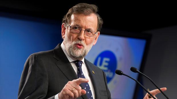 El presidente del Gobierno, Mariano Rajoy, durante la rueda de prensa ofrecida en Bruselas