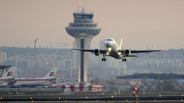Operar un vuelo no implica ser el transportista aéreo ni ser el responsable de abonar posibles indemnizaciones
