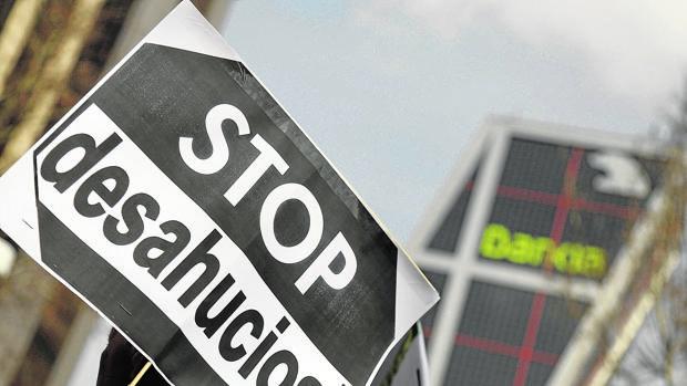 El año pasado había iniciadas en España 27.171 ejecuciones hipotecarias, paso previo al desahucio