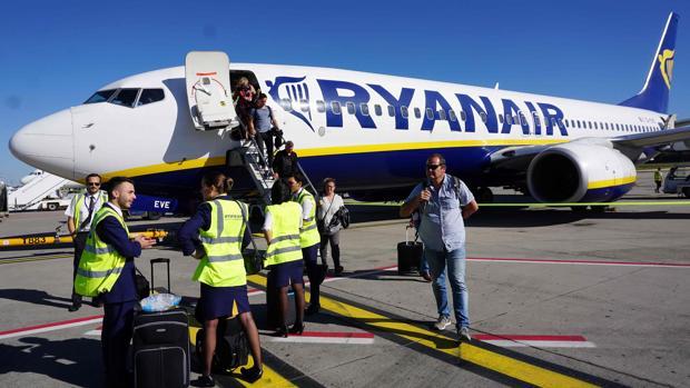 Por la huelga de hoy la low cost ha anulado 158 vuelos en toda Europa, 64 en España