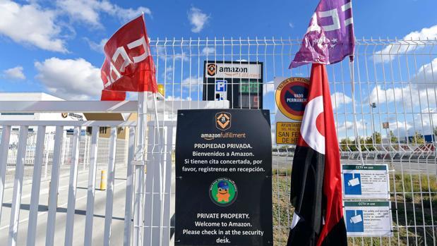 Para las 18.00 horas hay convocada una manifestación que rodeará el centro logístico