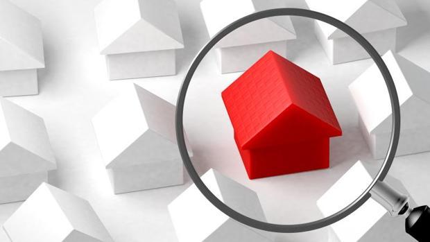 Las hipotecas que se revisen ahora se encarecerán 1,79 euros mensuales, unos 21,48 euros al año