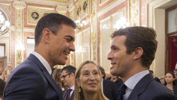 Los analistas de XTB señalan tres posibles escenarios tras el 28A: un gobierno de PSOE con otros partidos de izquierdas, un bloque de centro derecha (PP, Ciudadanos, Vox) y el bloqueo político