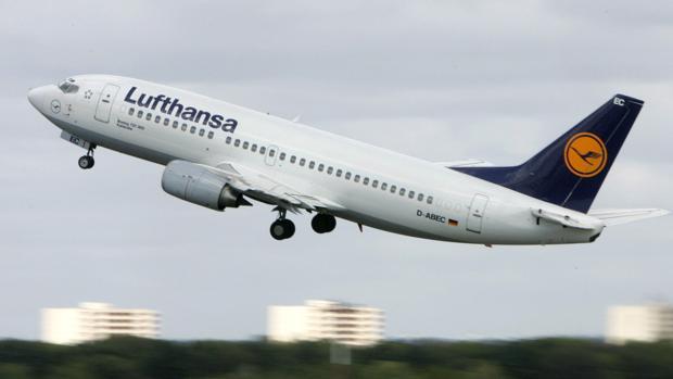 La aerolínea Lufthansa lanzó un «profit warning» en el que redujo sus previsiones para 2019