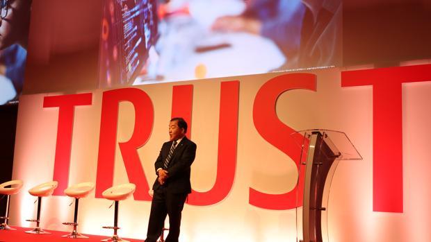 El CEO de Fujitsu Laboratories, el doctor Hirotaka Hara, durante la inauguración del evento