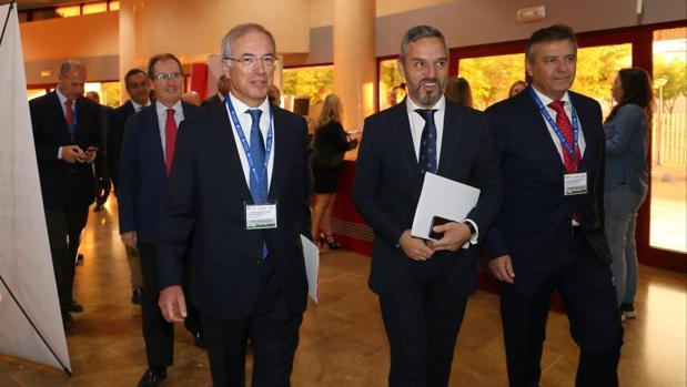 Miguel Antoñanzas, Juan Bravo y Francisco Areteaga