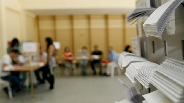 Si no se opta por el voto «normal», hay que conocer las diferencias entre la abstención, el voto nulo, o el blanco