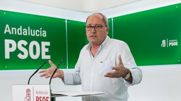 El secretario de Organización del PSOE, Juan Cornejo