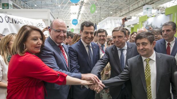 El alcalde de Jaén junto al presidente de la Junta de Andalucía Juanma Moreno