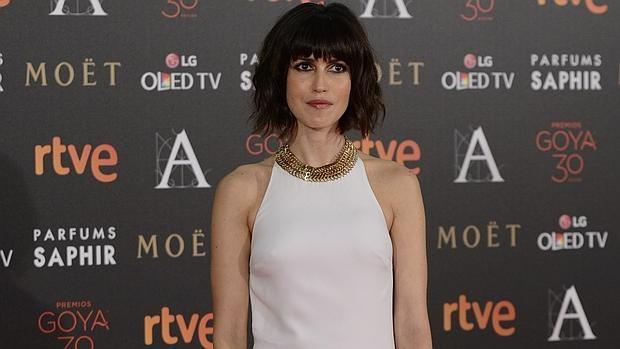 Nerea Barros en la alfombra roja de los Premios Goya