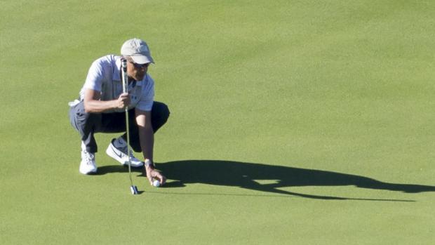 Obama practicando uno de sus deportes preferidos, el golf