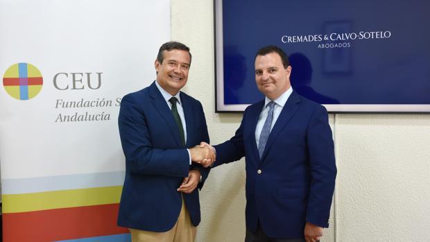 Juan Carlos Hernández Buades, CEO-Director General de CEU Andalucía, y Francisco J. Fernández Romero, Socio-Director de Cremades-Calvo Sotelo Sevilla