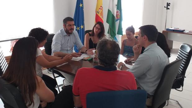 Reunión de los alcaldes de Fuentes de Andalucía, Cañada Rosal y La Luisina-El Campillo