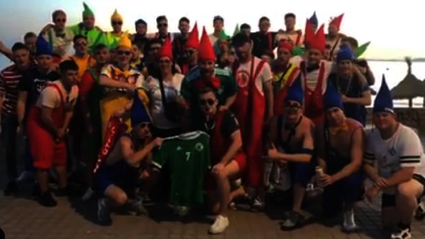El grupo de alemanes, en s'Arenal, Palma