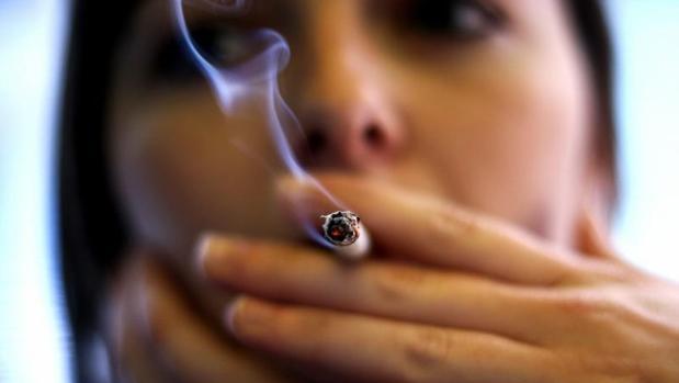 Dejar de fumar reduce el riesgo cardiovascular