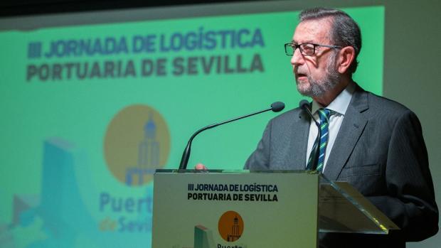 El presidente del puerto de Sevilla, Manuel Gracia