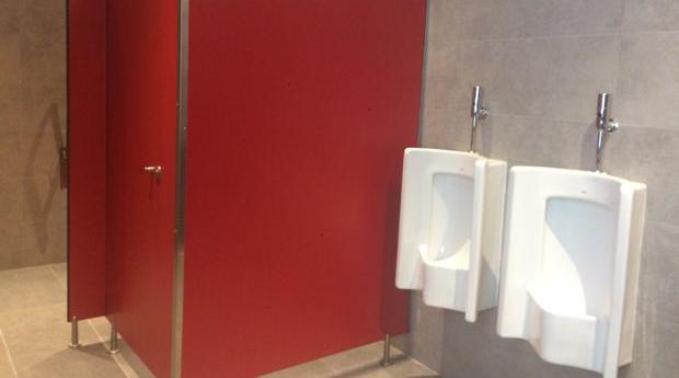 Los cuartos de baño de la planta cuarta