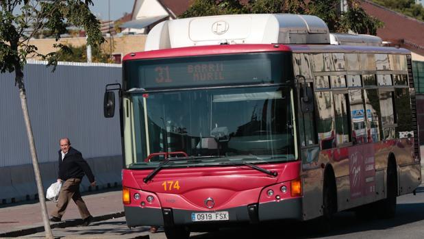 Un autobús de la Líne del Polígono Sur