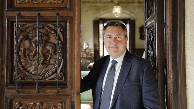 El alcalde de Sevilla Juan Espadas