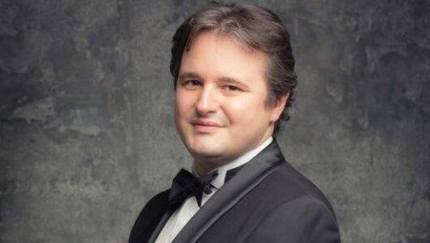 El pianista italiano Tomasso Cogato
