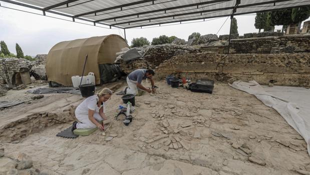 trabajos de restauracion de la Casa de la Exedra, en el Conjunto Arqueologico de Italica